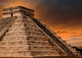 Site, pyramide de Chichen Itza, Site archéologique, Yucatan au Mexique