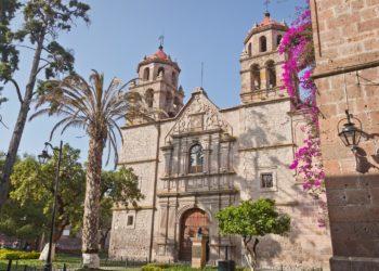 Centre ville de Morelia, Mexico et ses alentours, Mexique cathédrale, couleurs