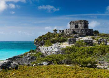 Tulum ruines, eau turquoise, riviera maya, Caraibes, Yucatan au Mexique