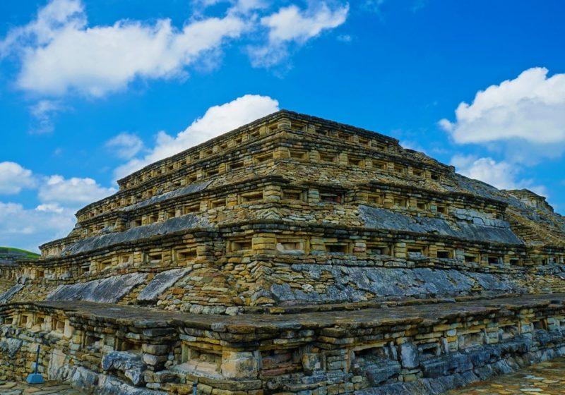 Sur les traces des civilisations préhispaniques